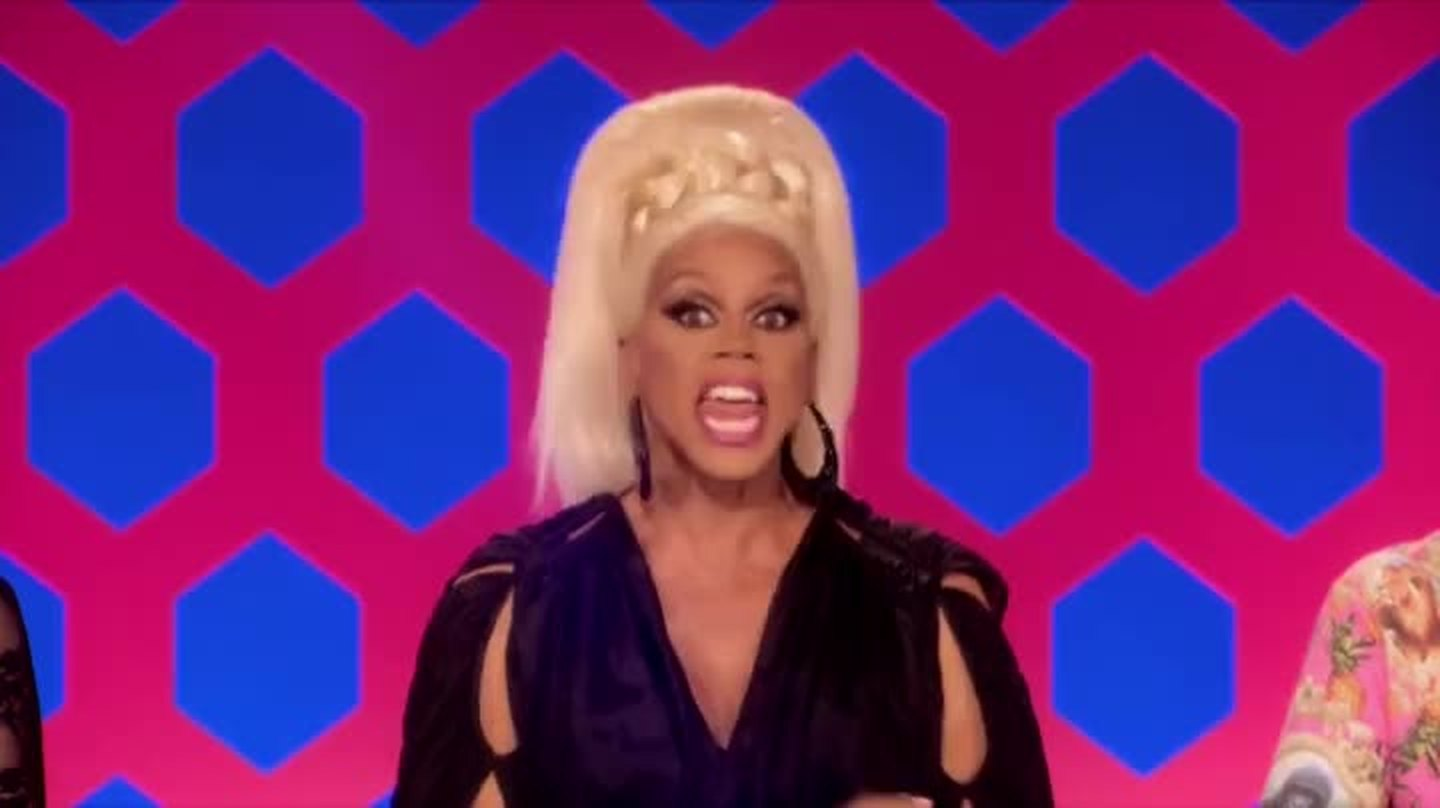 """FINALLY this bitch is out! i just couldn't stand her anymore!  and i'm glad Ru did the """"wake up"""" call on Pearl, otherwise she'll be going home really soon and i'm not ready to stop seeing her cute face yet."""
