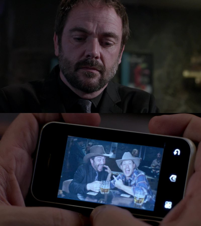 Crowley hung up on his ex 😂😁😂