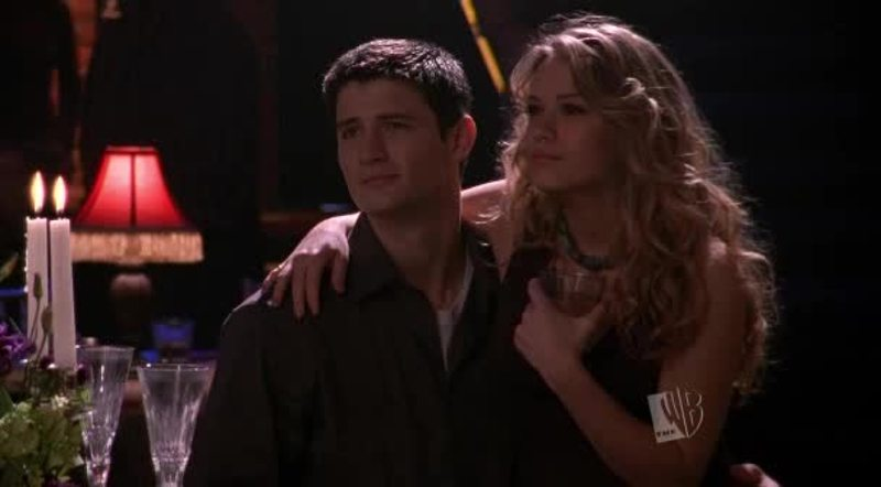 Never thought it was possible to fall in love with a TV character! But Nathan is amazing 😍😍😍 oh and Haley as well lol