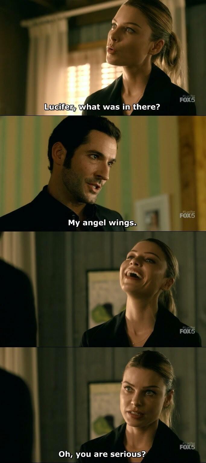 Me when my best friend tells me something strange 😂