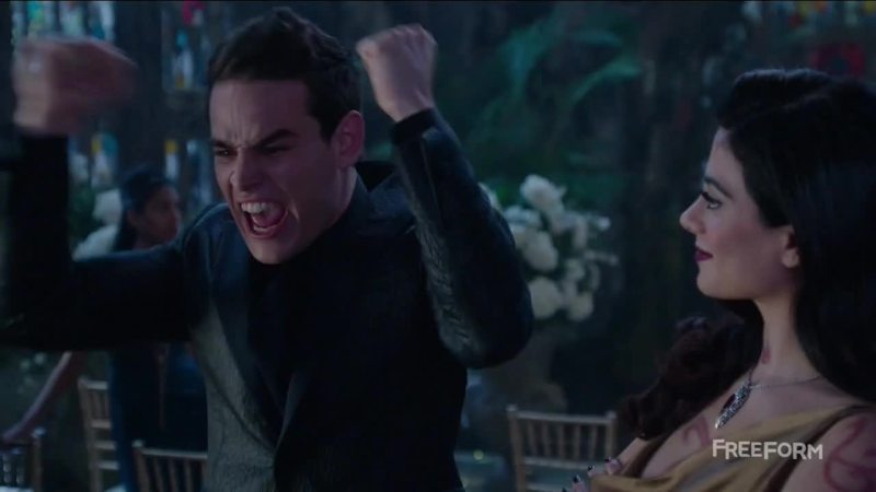 Me when Malec kissed: