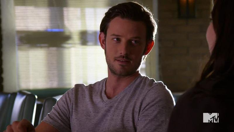 I love Luke, hope Matty stay away from Jenna.