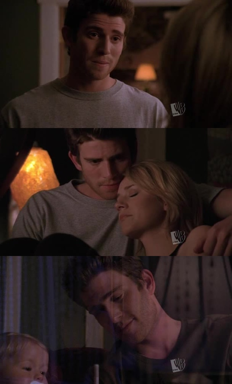 I might be the only one, but I really like jake, i feel like he's very mature for a 17-18 year old guy, he doesn't want to have  Peyton because he knows she has feelings for Lucas. Most people think it's because he's jealous but i think it's because he wants the best for her. (and plus, he's very hot !)