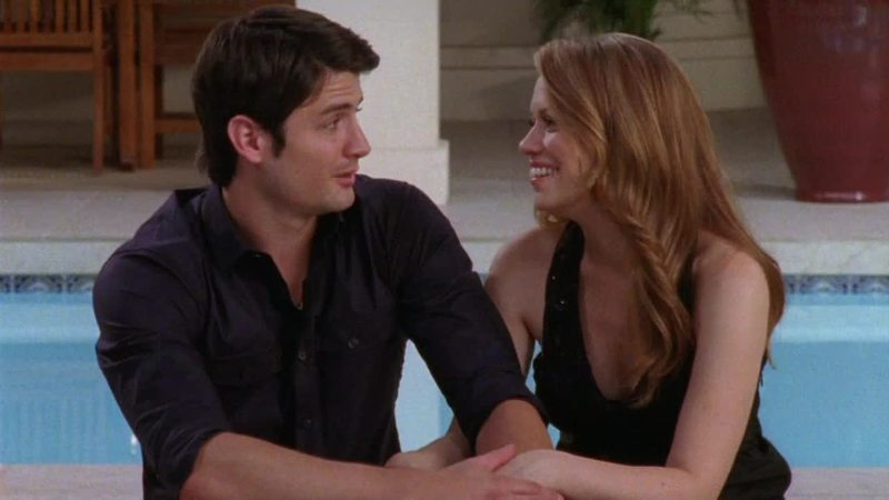 The way they look at each other #naleyforever