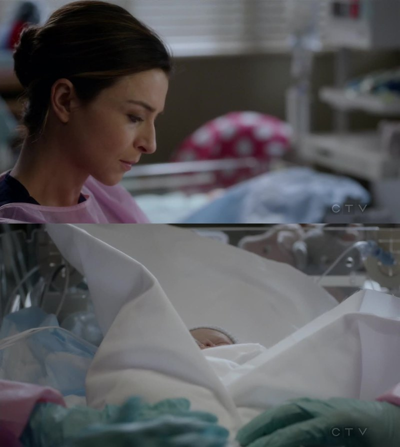 If you have watched Private Practice, you must understand how I felt about this scene. I couldn't help feeling like she was thinking about her little baby up in heaven.