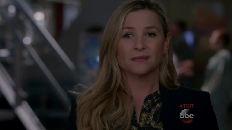 I think arizona did the right thing. Callie keeps on being selfish, she just doesn't care about arizona's feelings, she doesn't even consider the fact that arizona is sofia's mom too. I WISH MARK SLOAN WAS ALIVE.