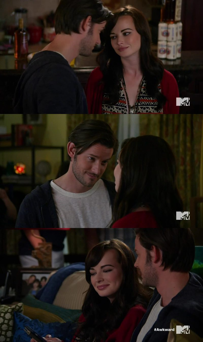 Am I the only one who is shipping them heaps? I want them together! The whole Jenna and Matty thing is getting boring.