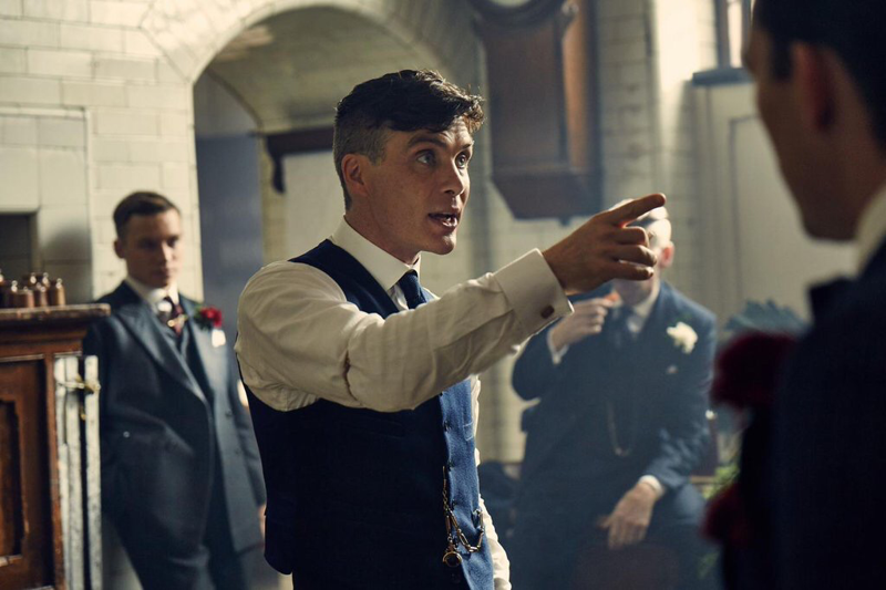 He was born to play Tommy Shelby ❤️✋🏽