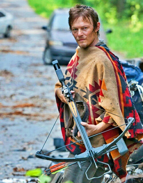 Maggie's wearing Daryl's poncho