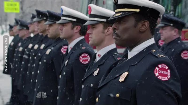 This show just keeps on getting better, that scene at the end was so touching, all of the characters are amazing and the stories this season have allowed us to learn so much about them all and to feel like they are all friends to us.  Amazing script writing and brilliant show.  And Severide in his uniform at the end - woah is Gaga a lucky lucky lady