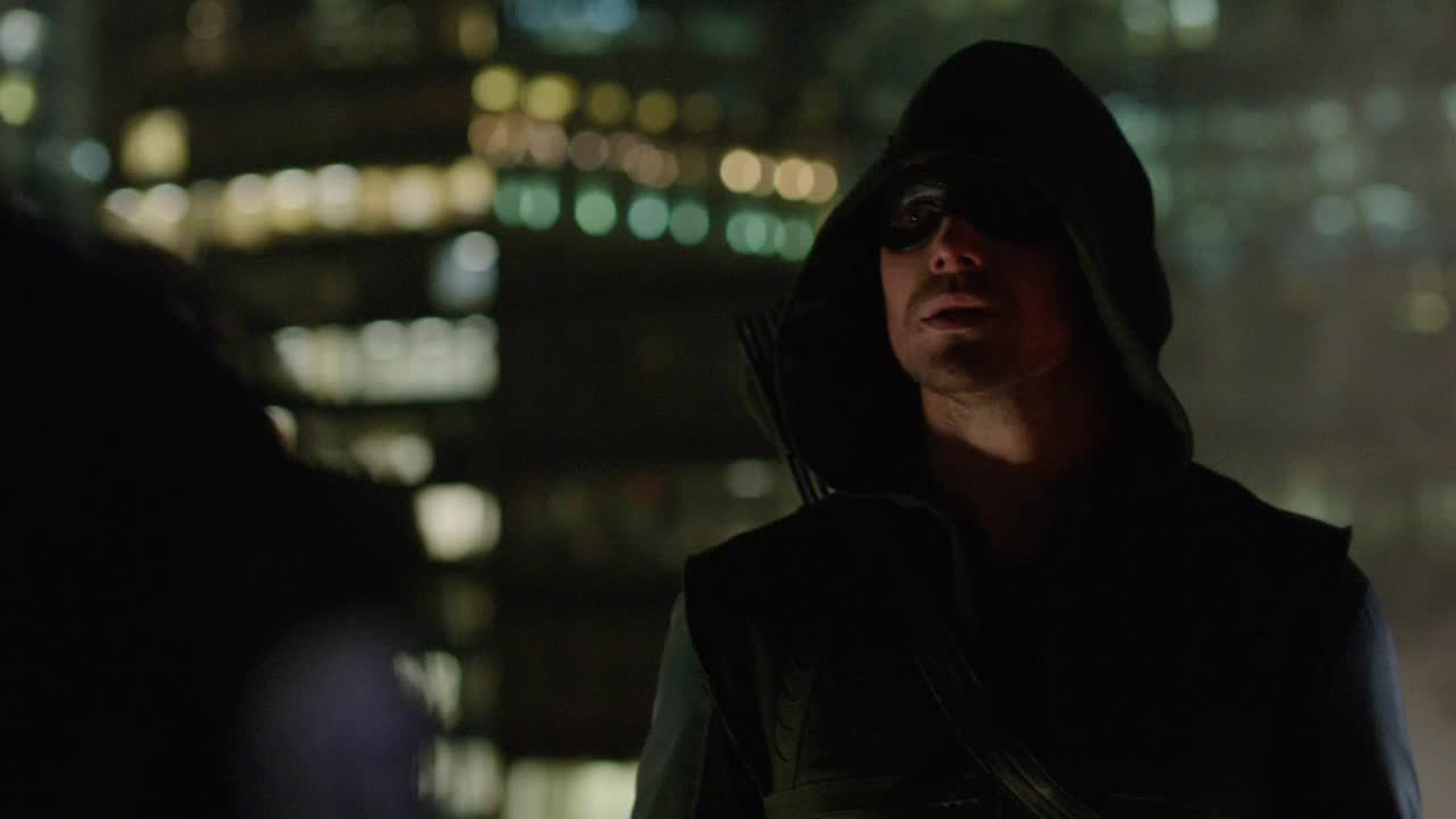 but how does no one notice that Oliver is the arrow, even with a mask and hood he is recognizable damn, plus he's always late and lying so are the other people idiot or is it me