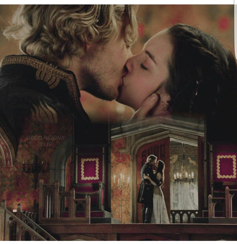 One of my favorite Frary kisses. ❤