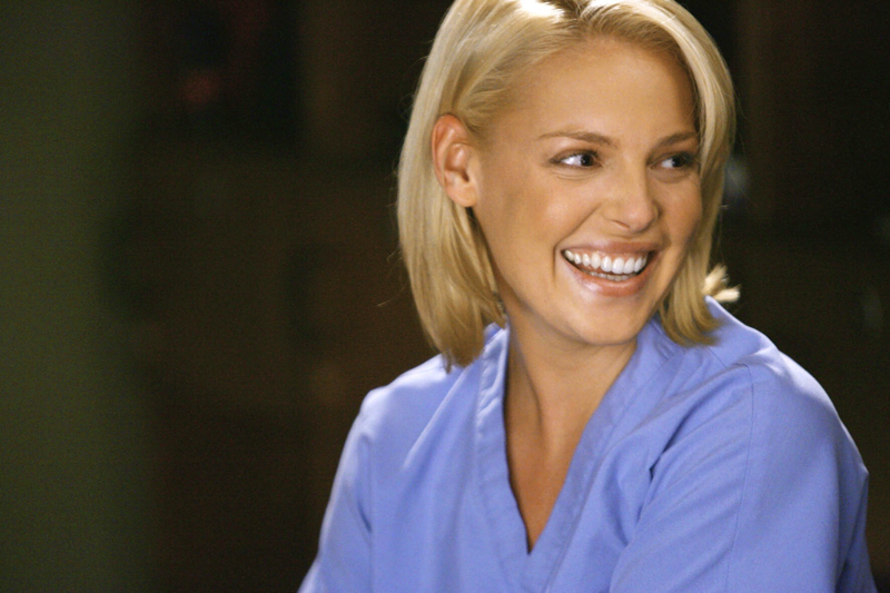 Izzie the best character in the series I love her.  I hope she still alive 😭💔