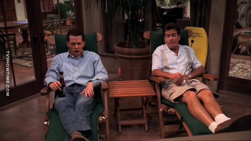 Tv time two and a half men s02e06 the price of healthy gums is eternal vigilance tvshow time - Pipi a letto a 8 anni cause ...