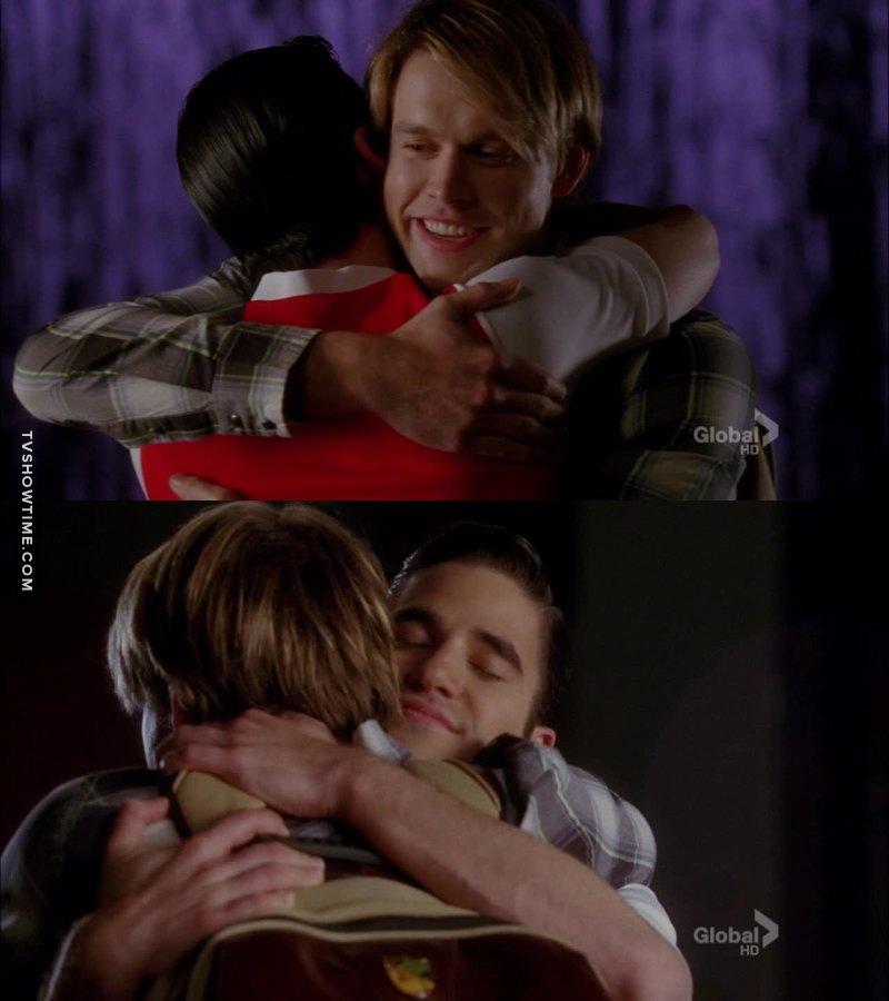 """""""Blaine, ti supplico, dimmi che quello che hai in tasca è un tubetto di caramelle"""" HO SPUTATO UN POLMONE AIUTO 😂"""