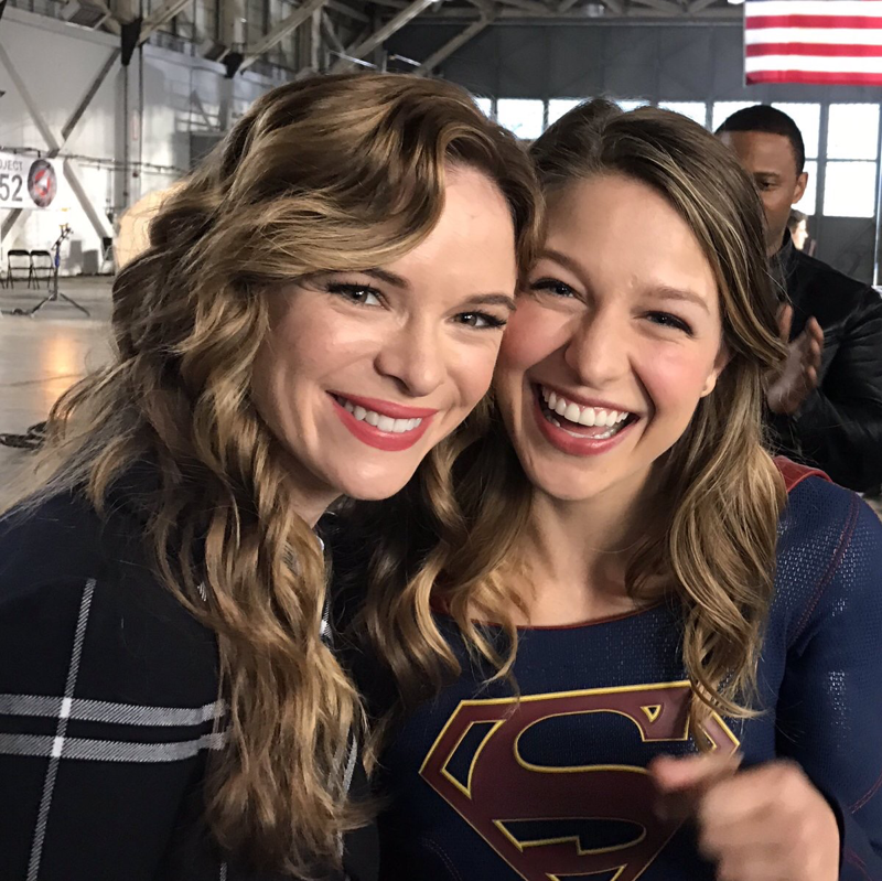 Caitlin Snow and Supergirl 😍