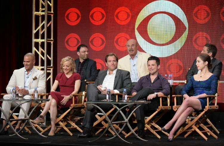 I'm loving this show better than NCIS now!❤☺😍  Great job Dr. Bull!  And great job to all the cast especially Michael Weatherly!