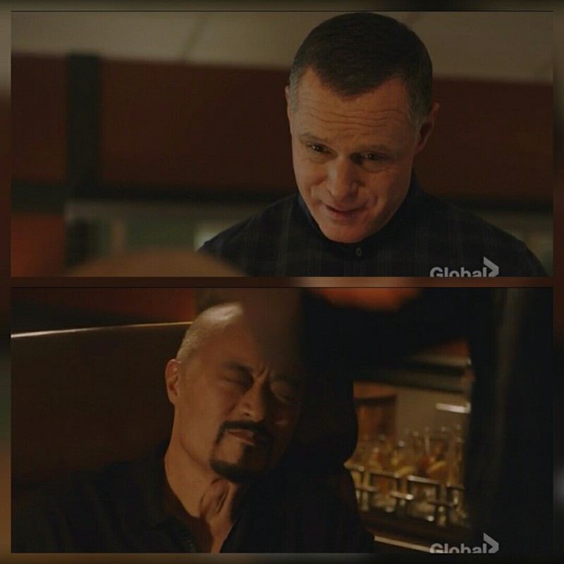There's the Voight slap!! We've missed you! 😂