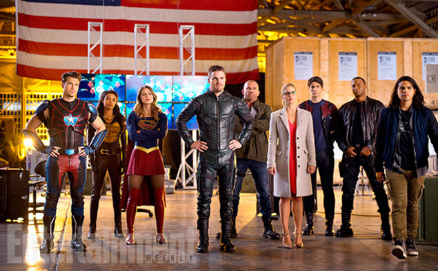 Roll on DC Crossovers!!!!  #Supergirl #TheFlash #Arrow  #LegendsOfTomorrow all in 4 episodes!
