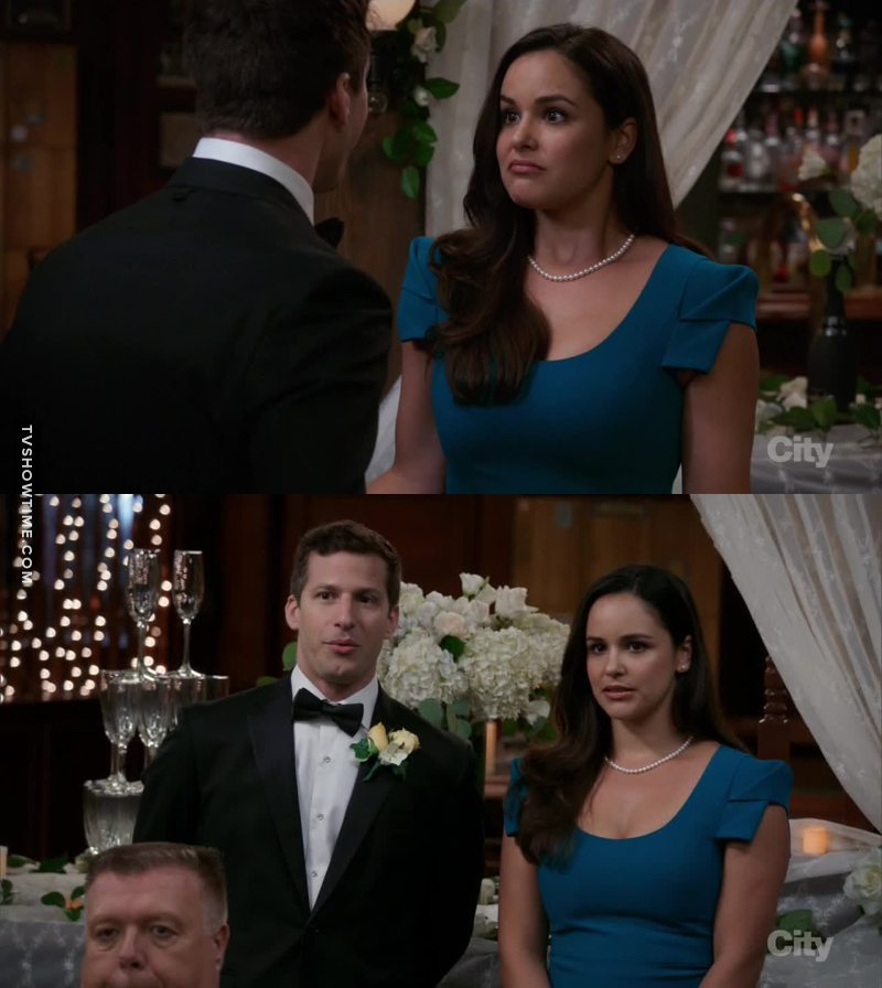 I was waiting for a plot twist... I wanted Amy and Jake to use the wedding decorations and to get married...
