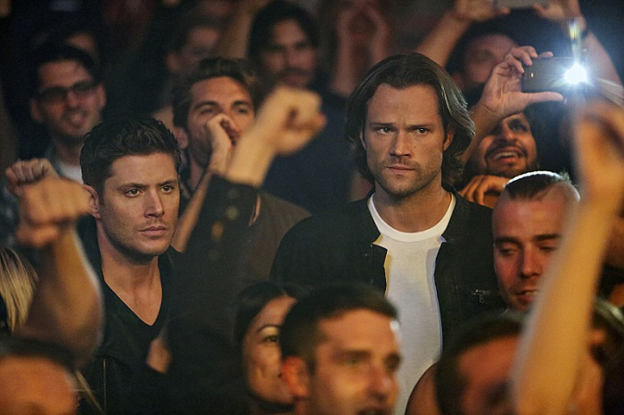 leather jacket + winchester = 😍