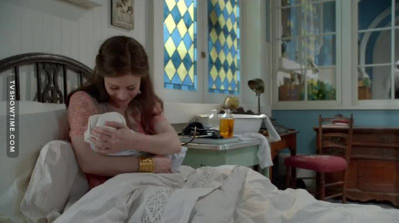 They seriously didn't know what to do with another child in this show. Sometimes I even forget Snow and Charming have a son.