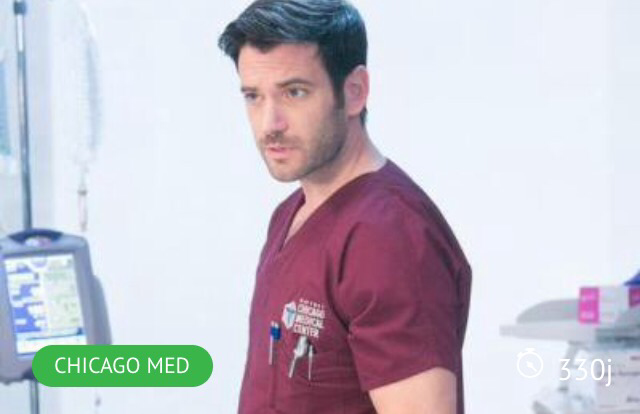 Tommy Merlyn is a doctor living in Chicago ! Yes we know, and his name is Dr. Connor Rhodes now 😂😂😂