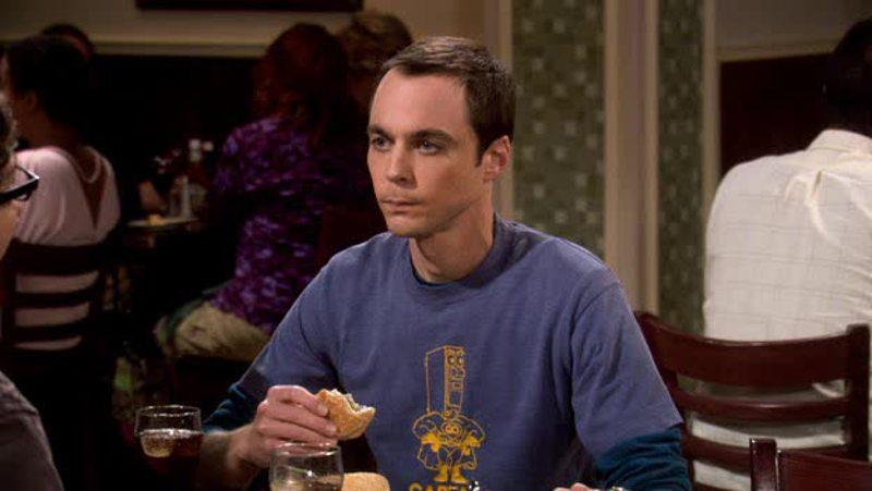"""""""Io voglio mangiare sempre a questo tavolo, a chi devo prenotarlo?"""" """"Ah non saprei, possibilmente ad uno strizzacervelli."""""""