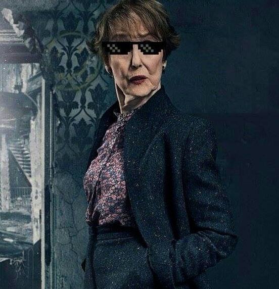 """- Did you have any idea of what speed you were doing? - Of course not, I was on the phone!"" Mrs Hudson is fantastic 😂"