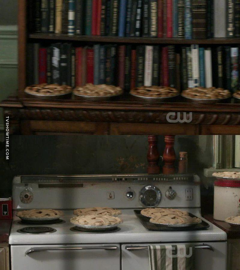 Dean Winchester paradise 😂😂