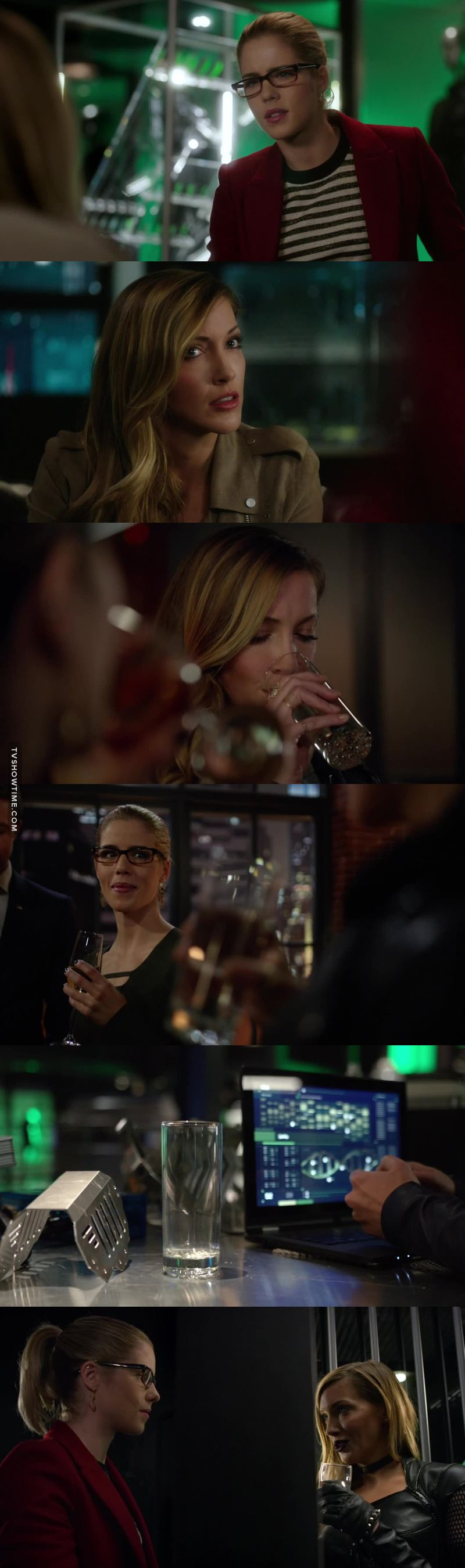 "I loved Felicity! She was never get fooled by Black Siren"" from the beginning till the end. I get it she is the only woman in the team!"
