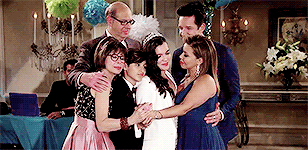 Is there a sensitive topic this show didnt talk about?  •immigration ✔️ •sexual orientation ✔️ •PTSDs ✔️ •sexism ✔️ •religion ✔️ •feminism✔️ •stigmatization ✔️   It's WAY more than just a comedy Besides I didnt expect to cry that much watching a sitcom😩