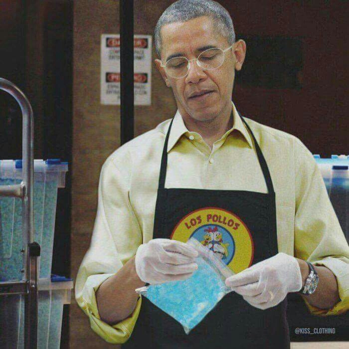 I just realize how much Obama resembles Gustavo 😂