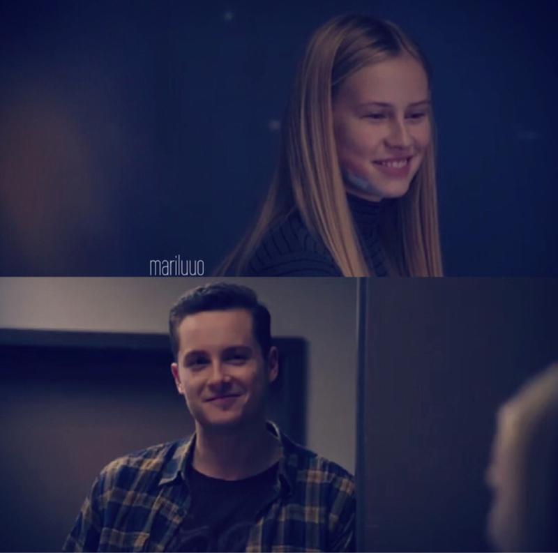 "Ellie: ""Is that your girlfriend?""  Jay: *nods*  😍😍😍"
