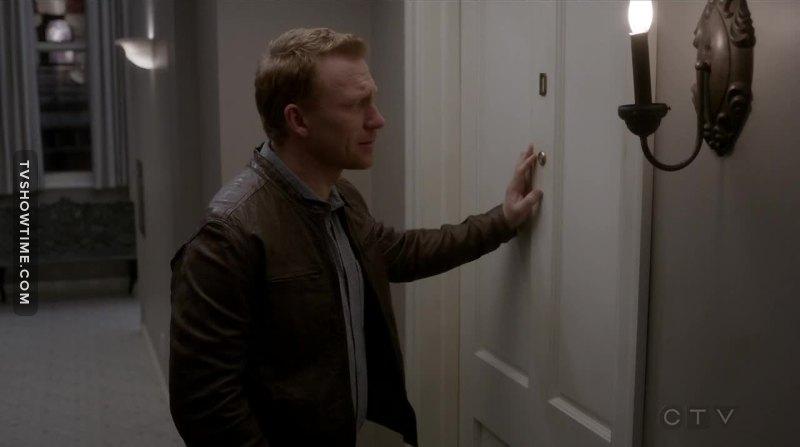 Si è mai visto Owen Hunt per più di due episodi di seguito felice? Diamo una gioia a quest'uomo.