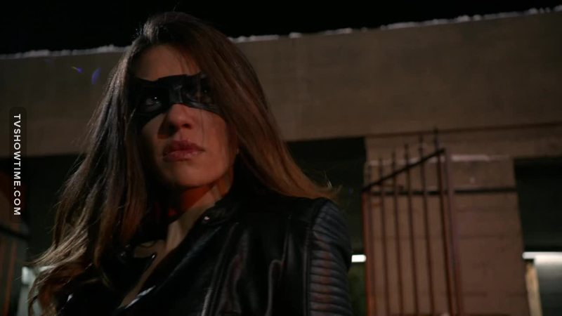 Black Canary is back, she's better than Laurel !!! 😮