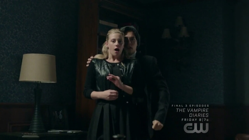 JUGHEAD YOU PUSSY DON'T THROW BETTY FIRST OMG😂😂😂😂