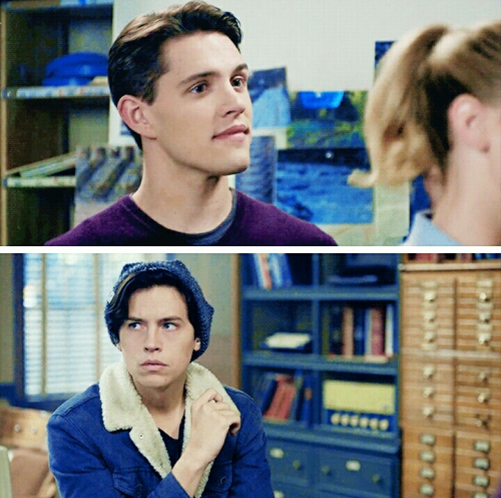 Kevin and Jughead's expression hearing betty's going on a date are priceless.