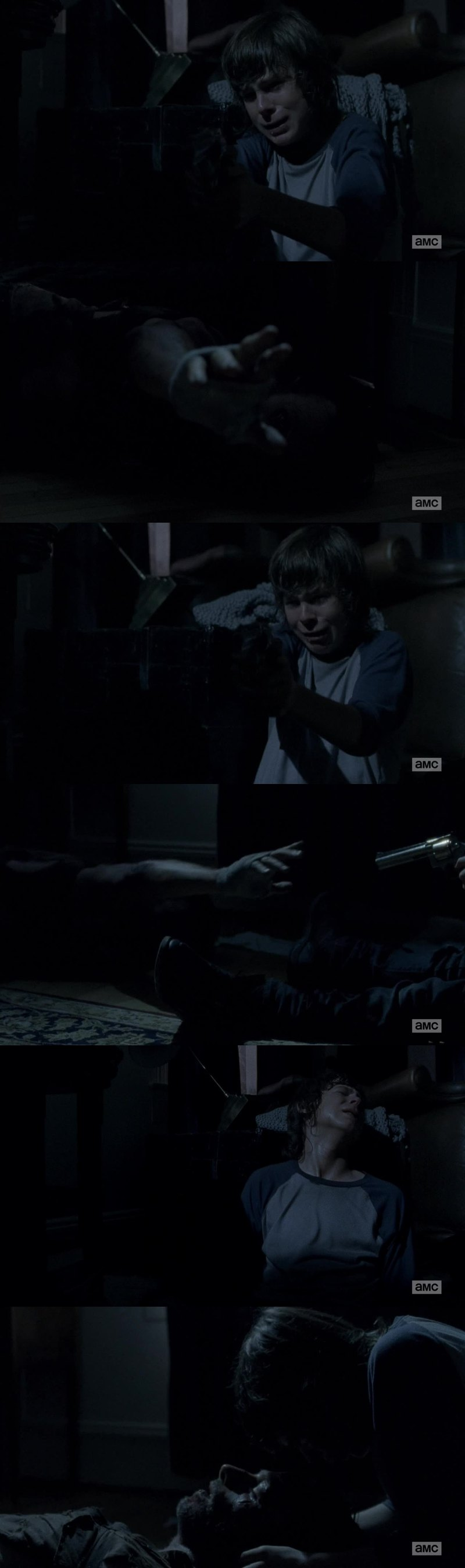 """For me, this was the best scene in this serie. Carl was willing to give up his own life to not kill his father. There is no better serie that """"The Walking Dead"""""""