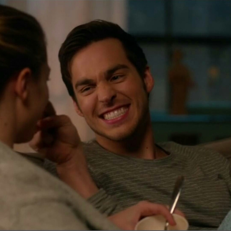 Like if you love Mon- El