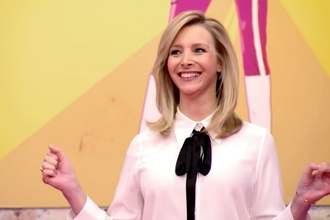 Lisa Kudrow's appearance was like me on family dinners: I show up, make a couple of jokes, people laugh and then I leave.