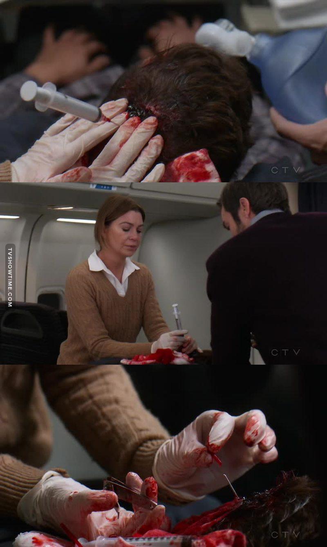 Questo è per Catherine Avery, che sosteneva che l'insegnamento di Richard Webber non serviva a niente.  Doctor Meredith Grey, ladies and gentlemen! Class 2005.