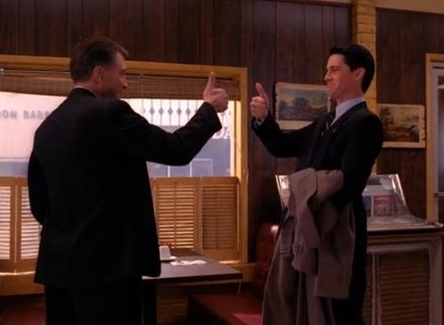 FINALLY the good ol' Twin Peaks is back! :)