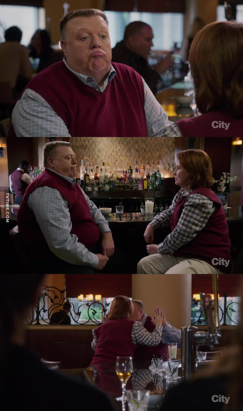 Scully with this woman was so cute. Weird but cute !!! 😊😊😊
