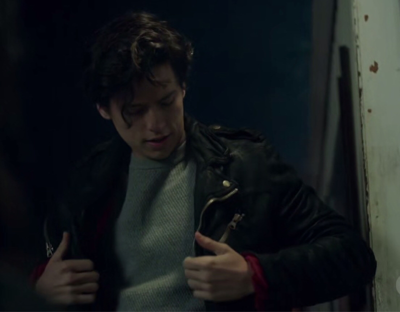 Betty may not have been a fan but Jughead looked super hot in that jacket