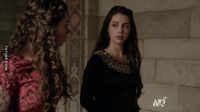"""""""E se Francesco lo scoprisse?""""  Beh, magari smetterla di parlarne in mezzo ai corridoi potrebbe essere un buon modo per evitare che accada."""