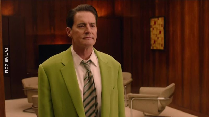 Someone rescue Dale Cooper asap please, i can't keep watching him like this 😢