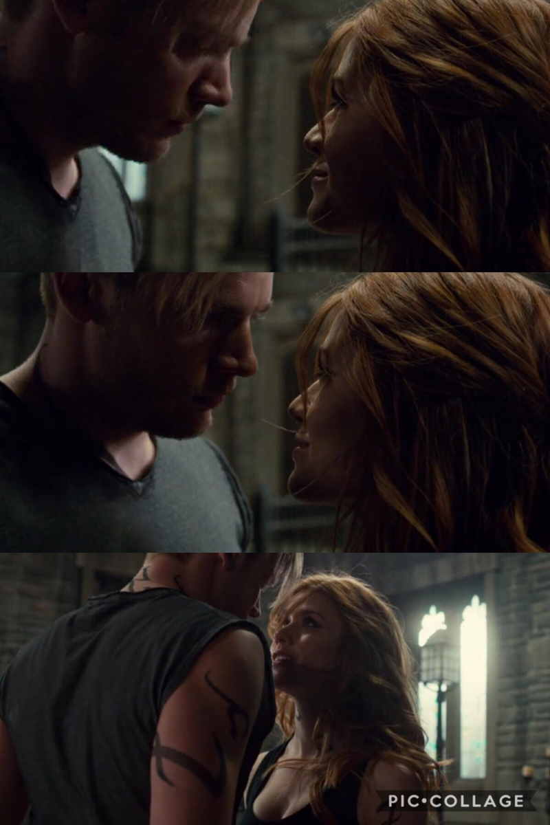 These  scene just wow hot! 😍😍😍 I just kept thinking hurry up and kiss already!! 😘😘🙌🏻🙌🏻