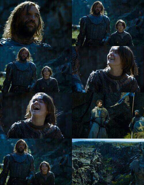Arya's laugh 😹😍😍.