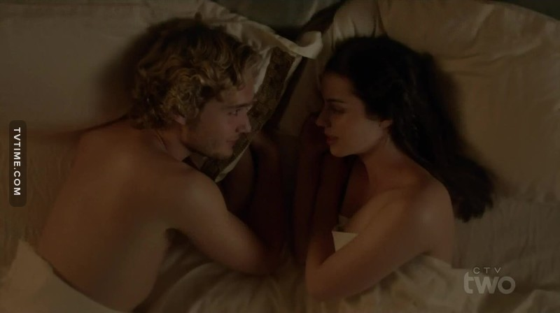 Mary and Francis together in the afterlife is the most beautiful and happy thing i've ever seen  FRARY ENDGAME !!!!!